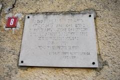 Spomen ploča na kući svećenika Šime Frulića